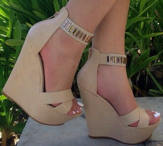 shoes wedges tan