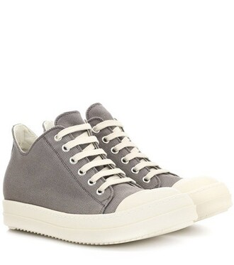 sneakers grey shoes