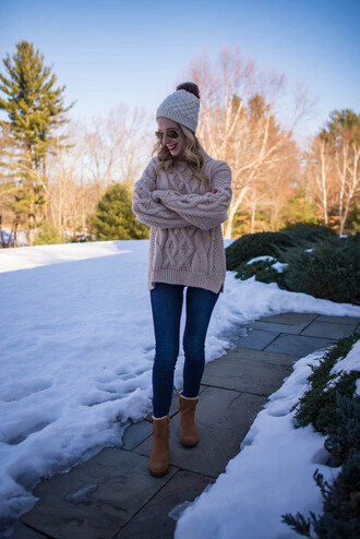 katie's bliss - a personal style blog based in nyc blogger sweater shoes jeans hat make-up beanie winter outfits winter sweater beige sweater skinny jeans boots