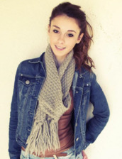 jacket,coat,denim,blue,grey,grey scarf,scarf,t-shirt,pink,beautiful,girly,brunette,cat eye