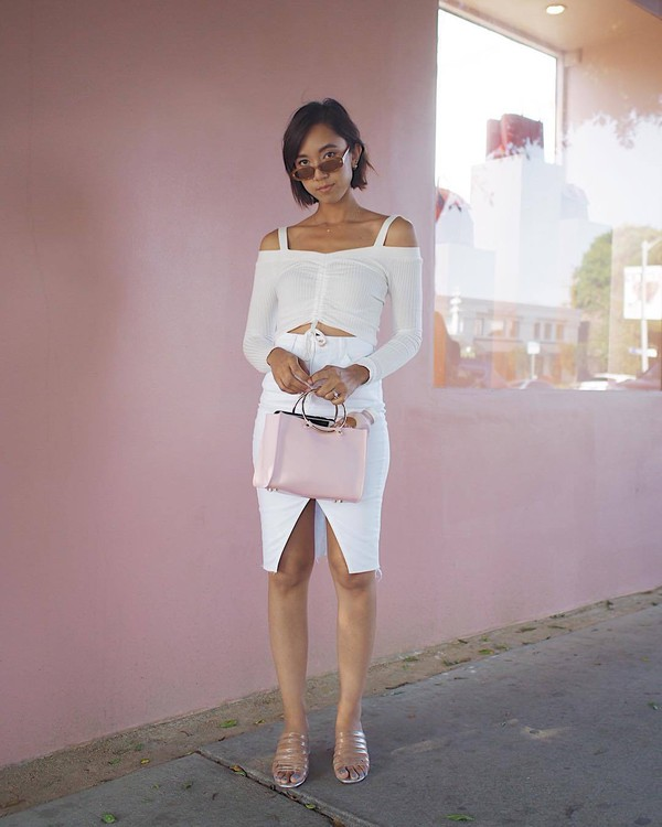 skirt white skirt top off the shoulder top bag shoes