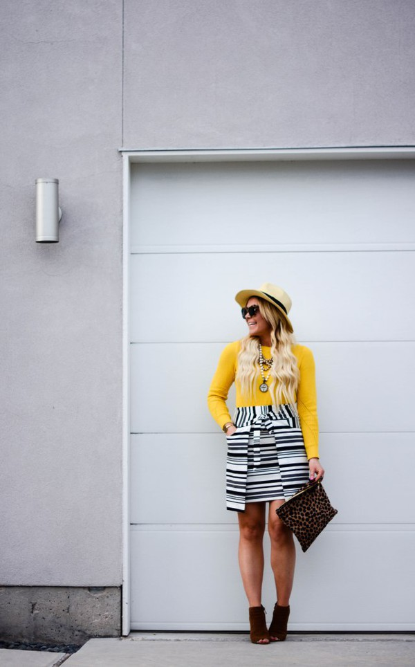 all dolled up blogger sweater skirt jewels hat sunglasses shoes