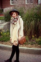 secret garden,blogger,socks,flannel scarf