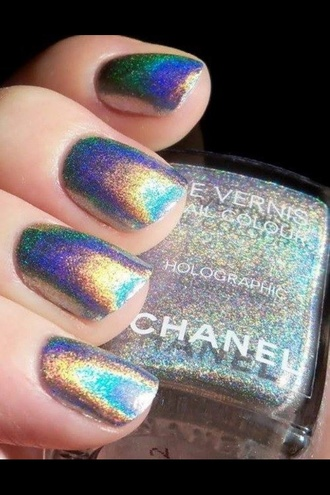 nail polish hollographic sparkly nails pretty chanel nail color