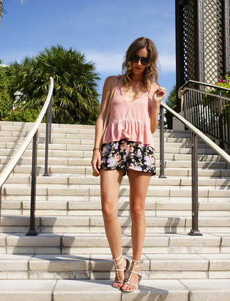 styling my life blogger top shorts swimwear shoes jewels bag
