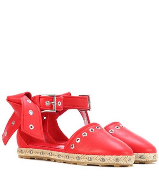 Alexander McQueen Embellished leather espadrilles in red