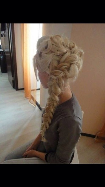 hat elsa tank top curly hair braid