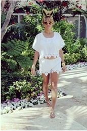 blouse,where to get those whole outfit or something like this.. #white #blouse #top #lace