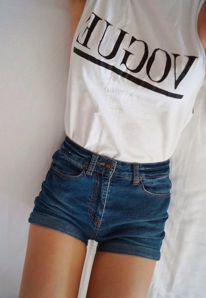 t-shirt voguetshirt vogueshirt whitetshirtthatsaysvogueonit word vogue vogue whitetshirt black letters