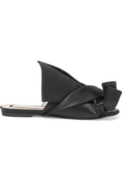 No. 21 sandals black satin shoes
