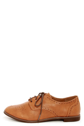 Cute Tan Shoes - Brown Oxfords - Brogue Oxfords - $31.00