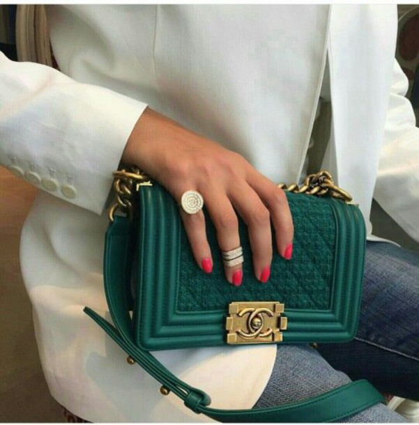 2bdb7e645e40 bag green bag chanel bag chanel boy chanel boy bag boy bag blazer white  blazer ring