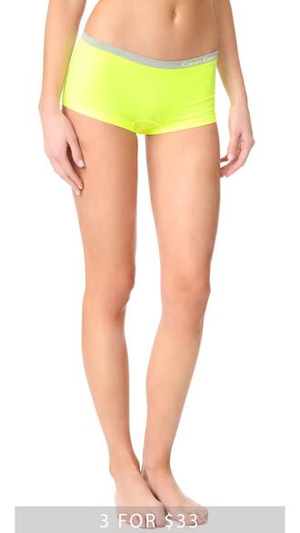 shorts bright