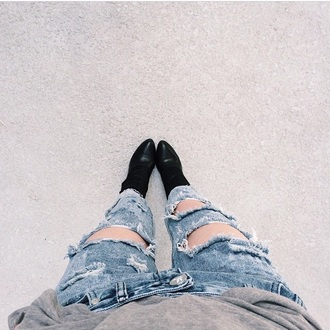 jeans ripped jeans acid wash acacia brinley shoes boots fashion style girl grey black leather boots denim blue jeans grunge punk rock punk