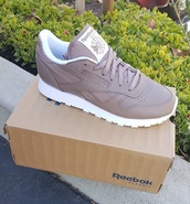 shoes,Reebok,reebok classic,sneakers