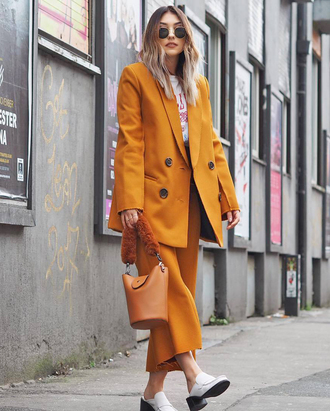 pants tumblr cropped pants culottes yellow yellow pants shoes bag blazer all yellow outfit sunglasses
