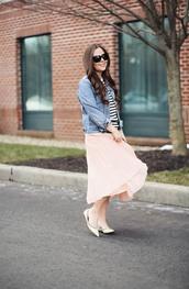 dress corilynn,blogger,skirt,sweater,jacket,shoes,bag,sunglasses,jewels,midi skirt,denim jacket,striped top,ballet flats,pink skirt