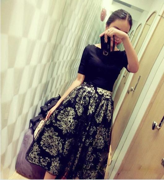 skirt black skirt skirt set shirt set black shirt floral skirt a skirt a shirt t-shirt