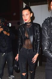 jeans,bella hadid,streetstyle,black jeans,lace up,fashion