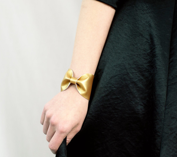 jewels bow tie gold bow gold accessory gold accessories gold accent gold accents bow bracelet bow bracelets bow cuff holiday gift stocking stuffer bows