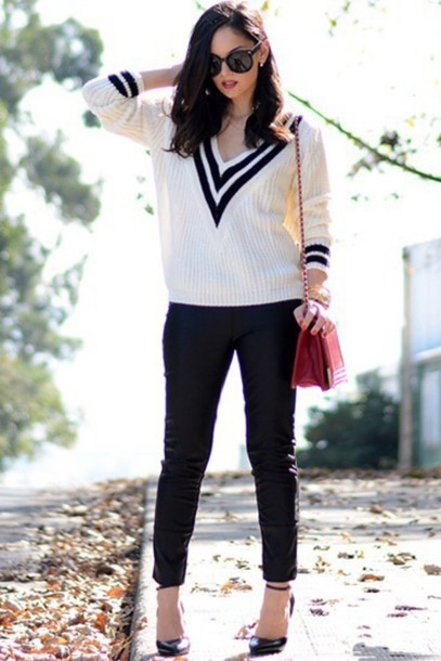 Fashion black and white sweater