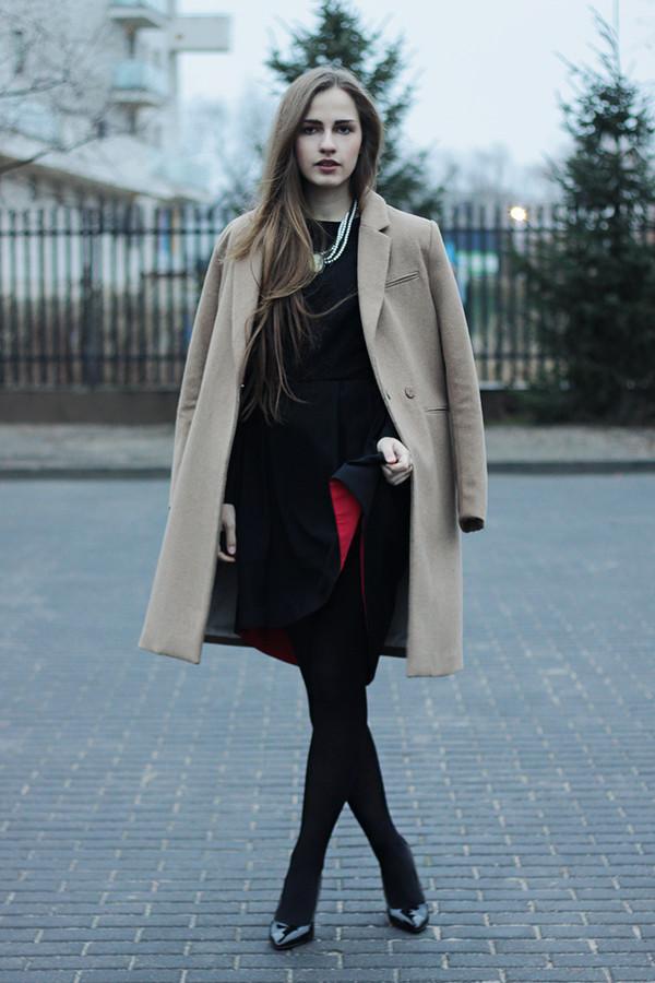 so in carmel coat dress jewels shoes
