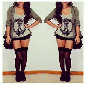 shirt shorts skull green jacket tights pants underwear