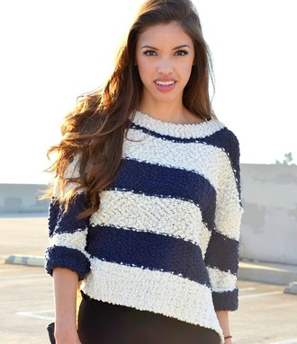 sweater stripes striped sweater blue blue sweater white white sweater