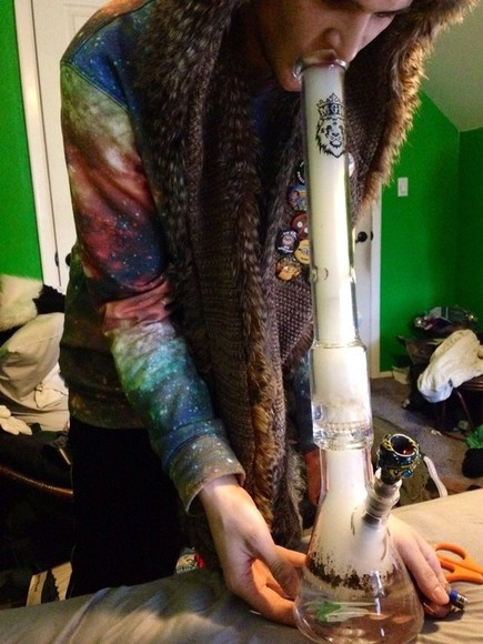 shirt space smoke sweater stars top hippie weed hippy marijuana colourful too jumper hype cosmo starry bohemian reggae