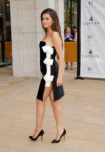 singer celebrity style black dress selena gomez bows black and white dress