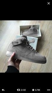 shoes,ash grey,nike,nike air force 1,grey sneakers,high top sneakers,suede sneakers,suede,grey,sneakers,nike shoes,nike air force,suede shoes,gray nike logo,air force grey,nike air force 1 high top,nike suede,grey suede,nike sneakers