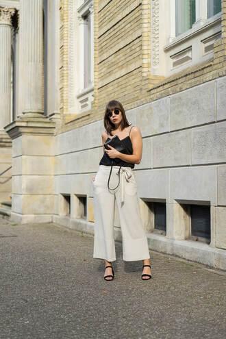 top tumblr black top camisole pants culottes grey pants sandals black sandals bag shoes
