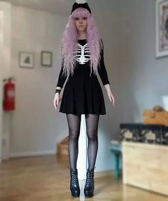 bones little black dress