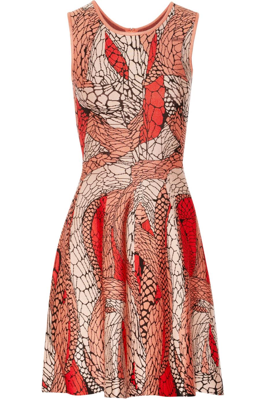 Jacquard dress – 60% at the outnet.com