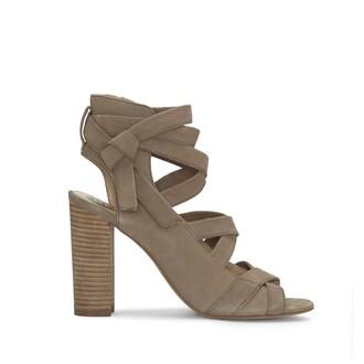 smoke shoes