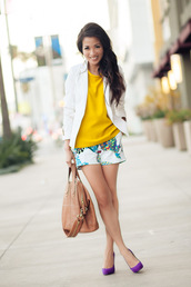 wendy's lookbook,t-shirt,jacket,shoes,bag,jewels,yellow t-shirt,white blazer,shorts,pumps,high heel pumps,spring outfits