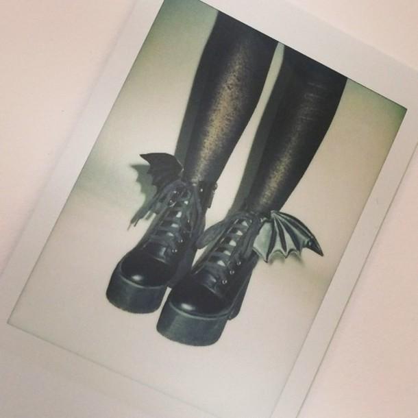shoes bats black platform shoes laced boots goth love