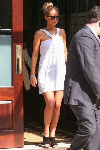 dress white dress sandals jennifer lawrence shoes