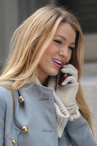 gloves serena van der woodsen blake lively gossip girl white