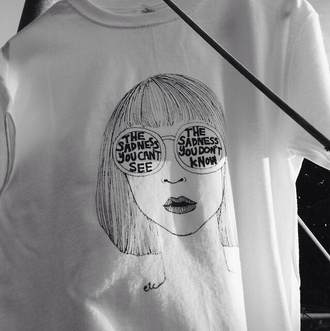 girl sunglasses shirt white tumblr outfit t-shirt grunge hip art arty artist design black and white grunge t-shirt tumblr shirt artist palette white t-shirt tank top pale tumblr