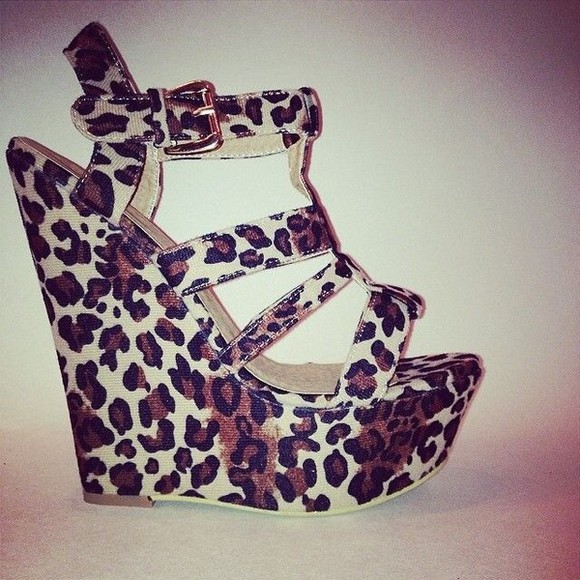 shoes leopard print wedges