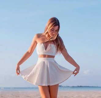 skirt top white bahamagirls fashion style trendy girly dress gossip girl dress girly top tumblr outfit tumblr dress white crop tops crop tops crop white top white dress white skirt cream dress cream bahamas bahama instagram dress instagram blonde hair