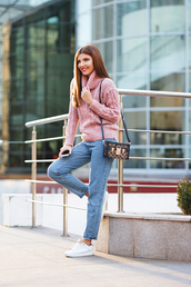 the mysterious girl,blogger,sweater,jeans,bag,shoes,pink sweater,turtleneck sweater,knitted sweater,romwe,cable knit,knitwear,vintage,sheinside,clutch,white sneakers