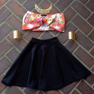 tank top bow top floral bow top skater skirt velvet skirt skater velvet skirt black velvet gold necklace gold arm cuff arm cuffs gold arm cuffs bow bikini floral tank top