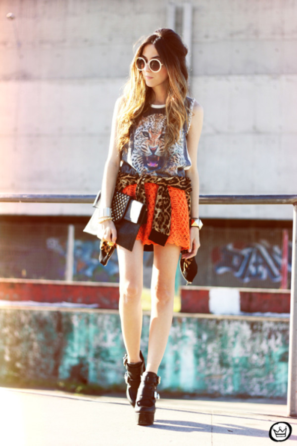 fashion coolture t-shirt skirt coat jewels sunglasses shoes