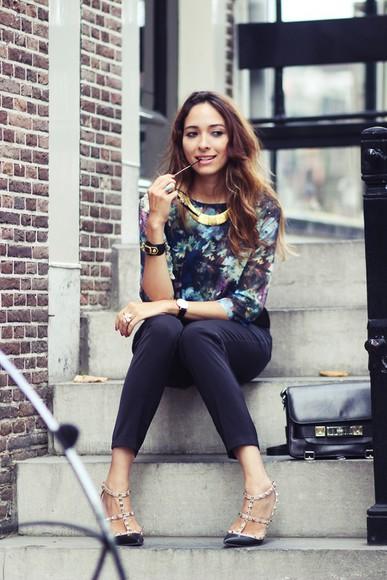 studded shoes blogger bag jewels preppy fashionist sunglasses print