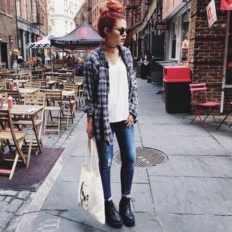 shirt jeans boots blogger le happy skinny jeans sunglasses hair bun bun spring outfits plaid plaid shirt shoes top knot bun
