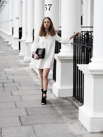 le fashion image blogger dress bag shoes