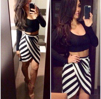 streetwear streetstyle style styripe stripes striped skirt blogger black black and white dress skirt blouse