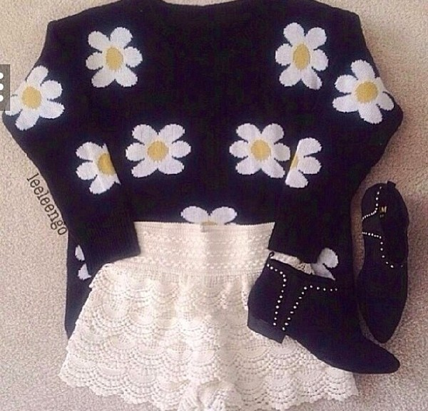 crochet shorts floral flowers yellow black white sweater pants